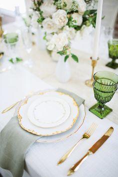 La Tavola Fine Linen Rental: Ritz Snow with Tuscany Sage Napkins | Photography: Adrienne Gunde, Venue: The Estate on Second, Styling & Coordination: Chloe+Mint, Floral: Emblem Florals