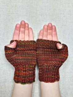 Fingerlose Handschuhe für Kleinkinder (2-3 Jahre) Farbe: verschiedene Brauntöne, handgefärbt Material; 100% Wolle (Merino) Länge ges. 15 cm,