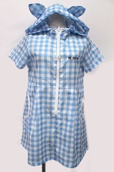 PEACE NOW / gingham check Nekomimi nylon parka dress (Pisunau) 2,800 yen