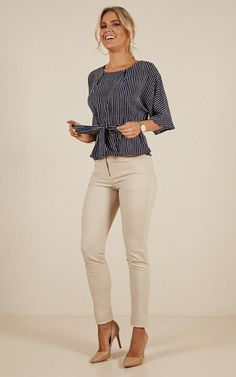 Trendy Business Casual Work Outfits for Women Business Casual Outfits For Work, Fall Outfits For Work, Work Casual, Outfit Work, Casual Office, Office Wear, Spring Outfits, Casual Chic, Sexy Business Casual