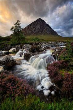Buachaille Etive Mòr, Scotland, Highlands - I hope and pray to make it to Scotland one day before I die!