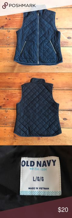 Quilted Vest Old Navy quilted vest. Very good condition. Color black. Old Navy Jackets & Coats Vests
