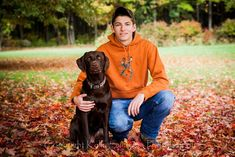 Senior guy pose with dog Outdoor Senior Pictures, Country Senior Pictures, Senior Pictures Sports, Senior Photos, Senior Portraits, Outdoor Portraits, Senior Boy Poses, Senior Guys, Senior Year