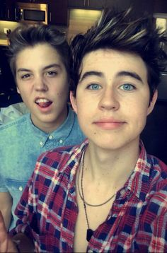 God why does Matthew have to be so cute and why does Nash have to be so gorgeous!!!