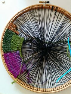craftophilia: PROJECT REPORT 1 - Circular Weaving - jenne patrick