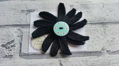 Hey, I found this really awesome Etsy listing at https://www.etsy.com/uk/listing/516807361/flower-daisy-brooch-pin-handmade-hand