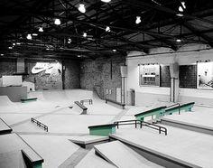 The latest initiative from Nike SB comes in the form of Nike SB Shelter skate park in the heart of Berlin. Ramp Design, House Design, Stairs Diagram, Skateboard Ramps, Skateboard Backpack, Halle, Gun Safe Room, Backyard Skatepark, Skate Park
