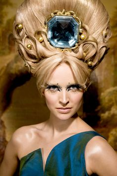 Patty Bruin for Queen's Sister , Beauty and Hair art (2009) photograph by Nancy S