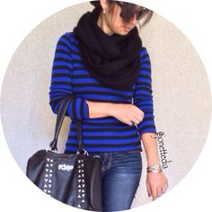Fall outfit: blue and black stripes. Scarf.