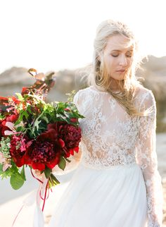 Photography: Connie Whitlock Photography - conniewhitlockphoto.com Wedding Dress: Karen Willis Holmes - http://www.karenwillisholmes.com Floral Design: Sassybird Flowers - www.sassybirdflowers.com.au   Read More on SMP: http://www.stylemepretty.com/australia-weddings/2016/03/14/romantic-australian-seaside-wedding-inspiration/