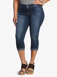 Torrid Cropped Jegging - Medium Wash | Torrid