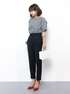 New moda casual chic ideas office wear Ideas - Work Outfits Women Smart Casual Outfit, Casual Work Outfits, Business Casual Outfits, Work Casual, Smart Casual Office Wear, Winter Office Wear, Office Chic, Chic Outfits, Uniqlo Women Outfit