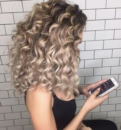 Big Hair and Bouncy Curls - Natalie Anne Hair