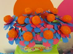 Great idea- dress up your #cakepops with cute printables. #party #birthday