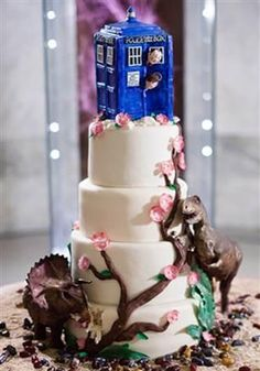 Doctor Who wedding cake. too bad i wasn't hooked when i got married... @holly