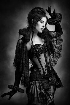 #Gothic #fashion #black
