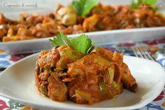 Caponata di carciofi alla Siciliana. La caponata è uno dei piatti siciliani più diffusi. La ricetta originale prevede l'utilizzo delle melanzane