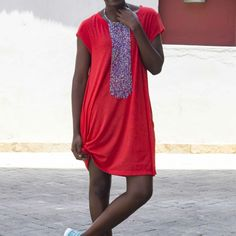 THE T-SHIRT DRESS Liz Madowo, lizmadowo.co.ke, Fashion Blogger, Style Blogger, Kenyan Fashion Blogger, T-shirt Dress, African Jewellery