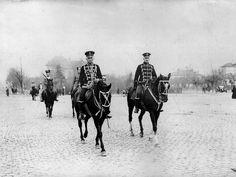 El mariscal de campo Von Hackensen en un paseo por las calles de Bucarest. Foto gentileza Sr Manuel Gimenez Puig