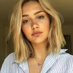 Best Short Haircut for Round Faces
