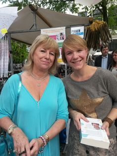 Jill Mansell met boekenblogger Eline Stiekema
