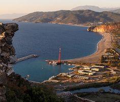 Yat limanı/Gazipaşa/Antalya/// Gazipaşa Selinus Sahili'nde bulunan yat limanı Hacımusa Deresinin denize kavuştuğu yerde bulunur.