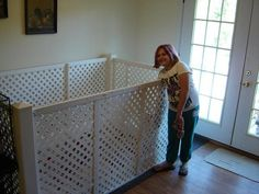 20 Comfy and Classy Whelping Box Ideas 19 Dog Whelping Box, Whelping Puppies, Dog Kennels, Puppy Box, Puppy Cage, Dog Cages, Pet Cage, Dog Kennel Designs, Kennel Ideas