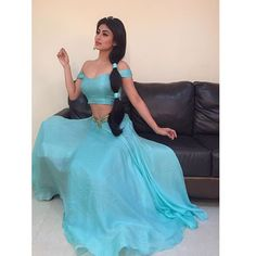 The host of India's So You Think You Can Dance, Mouni Roy, dressed up as Princess Jasmine for a segment on the show and it's just all kind of goals. Mouni Roy FLAWLESSLY Dressed As Jasmine Is More Proof We Need A Desi Disney Princess NOW Costume Aladdin, Pocahontas Costume, Mermaid Costumes, Mouni Roy Dresses, Jasmine Disney, Fancy Dress, Dress Up, Princess Jasmine Costume, Princess Costumes