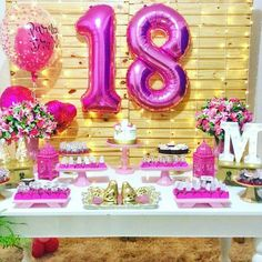 A imagem pode conter: área interna Diy Birthday Decorations, Birthday Cake Decorating, 18th Birthday Party, Happy Birthday, Flamingo Party, Tropical Party, Its My Bday, Birthday Design, Gold Party