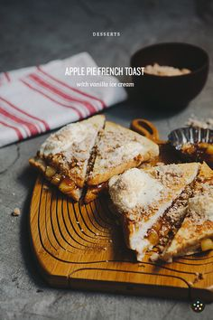 Try this Apple Pie French Toast recipe at your next big family brunch Second Breakfast, Sweet Breakfast, Breakfast Recipes, Perfect Breakfast, Funnel Cakes, Great French Toast Recipe, Biscotti, Dessert Crepes, Bruchetta