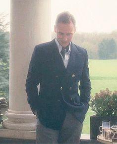 tom hiddleston as Freddie Page