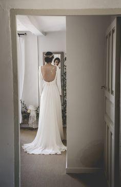 Vestido de novia. Falda de gasa y espalda velada. Colección Melancolie. Alejandra Svarc