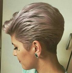 Ponytail Hairstyles Swept Back Pixie Short Grey Hair, Short Hair With Layers, Short Hair Cuts For Women, Short Hairstyles For Women, Short Wedge Hairstyles, Stacked Bob Hairstyles, Pixie Hairstyles, Pixie Haircut, Cool Hairstyles