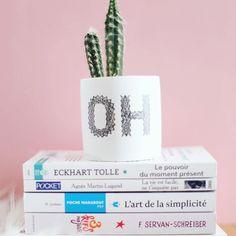 Faire le plein de lecture ✔️ • Bon vendredi les copains ✨🐭🌵 #louizeandco #life #lifestyle #book #bookstagram #read #lecture #slow #slowlife #enjoy #moment #momentoftheday #picsoftheday #simplicity #present #enjoylife #kiff #yes #amour #hapiness #cactus