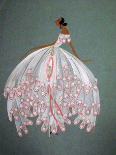 Robe de style blanche brodée de fleurs rose et orange, année1920 © Patrimoine Lanvin. #Lanvin125