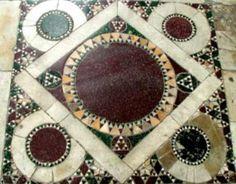 """Tarsia marmorea pavimentale con il motivo del """"falso"""" quinconce - S.Miniati al Monte, Firenze"""