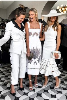 [New] The 10 Best Home Decor (with Pictures) - & just like that its race weekend again Living for these outfits Last min appointments available if your feeling like a unplanned trip . Derby Day Fashion, Race Day Fashion, Races Fashion, High Class Fashion, Melbourne Cup Fashion, Race Day Outfits, Derby Outfits, Dresses For The Races, Dresses Near Me