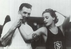 13TH_Greta Garbo with the USC track-and-field team, 1926