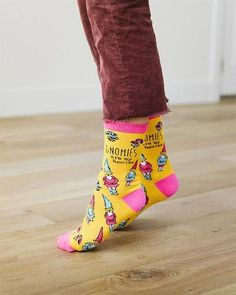 Gnomies Are My Homies Socks Wacky Socks, Crazy Socks, Cool Socks, Little Gentleman, Funny Socks, Novelty Socks, Yellow Pattern, Gnomes, Savage