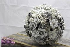 #beautiful #white and #silver #broochbouquet with a few #pops of #black! What do you guys think of this one?  #alternativebouquet #stunning #brooches #sparkles #alternative #wedding #bride #instaweddings #handmade #love #weddingparty #celebration  #bridesmaids #happiness #unforgettable #forever #ceremony #romance #marriage #weddingday #broochbouquets #fashion #flowers #australia  www.nicsbuttonbuds.com.au www.facebook.com/nicsbuttonbuds www.pinterest.com/nicsbuttonbuds…