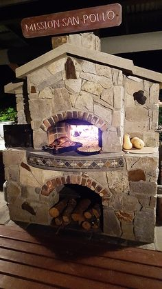Forno Bravo's Pompeii DIY Brick Oven Photos Around the World gallery features bread and pizza ovens around the world built with our free oven plans. Brick Oven Outdoor, Outdoor Fireplace Patio, Pizza Oven Outdoor, Outdoor Bars, Oven Diy, Diy Pizza Oven, Pizza Ovens, Barbecue, Fire Pit Pizza