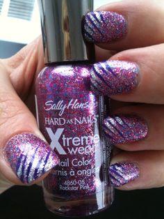 Glitter nails. -myranda<3