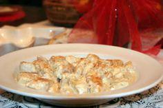 Pour votre plat principal je vous propose la recette du poulet émincé à la crème faite avec le cookeo.