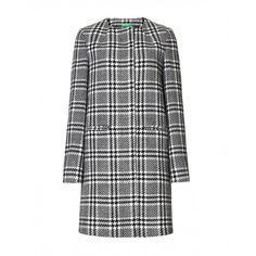 Coat, straight cut from wool blend with black/white open weave, lined with rounded neckline. Welt pockets.