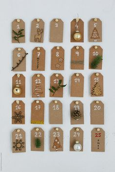 With a plan to fill your own advent calendar this would be a great way to add small presents and gift them to your child with DIY advent calendars. Christmas Advent Wreath, Diy Christmas Lights, Christmas Wood Crafts, Christmas Calendar, Christmas Night, Christmas Crafts, Christmas Decorations, Homemade Advent Calendars, Advent Calendars For Kids
