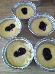 Muffin al mascarpone con cuore di amarena