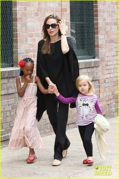 Angelina Jolie with her daughters, Zahara and Vivienne.