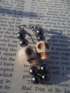 Buy met at https://www.etsy.com/listing/181017880/voodoo-skull-goth-punk-earrings?ref=listing-shop-header-2