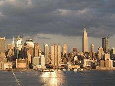 Pink Jacobson - Widescreen Wallpapers: manhattan skyline picture - 2560 x 1920 px