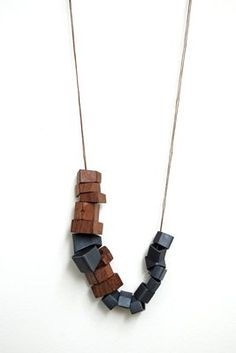 Djurdijca Kesic - wood necklace